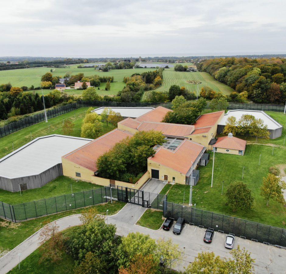 Luftfoto af Nykøbing Fængsel