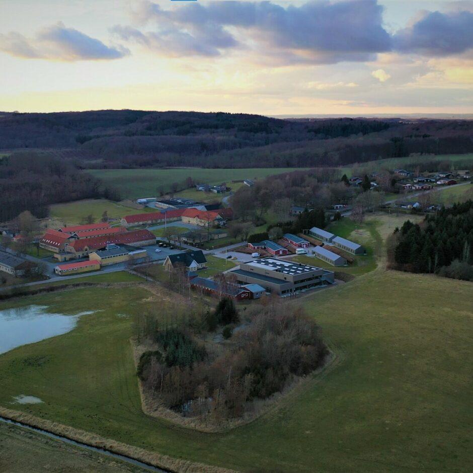 Uddannelsescentret i Møgelkær set fra oven